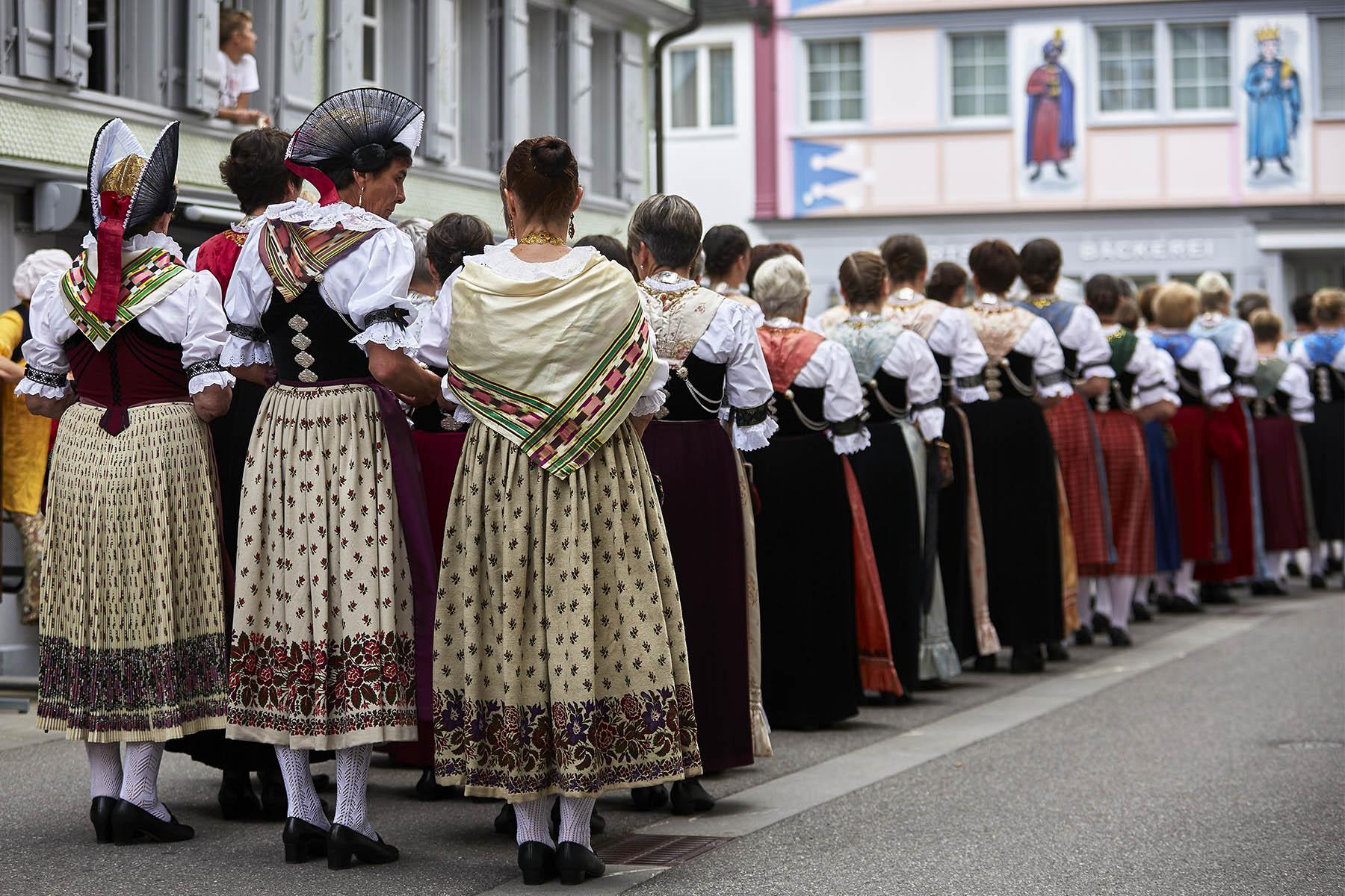 Fronleichnam Prozession Appenzell Trachten